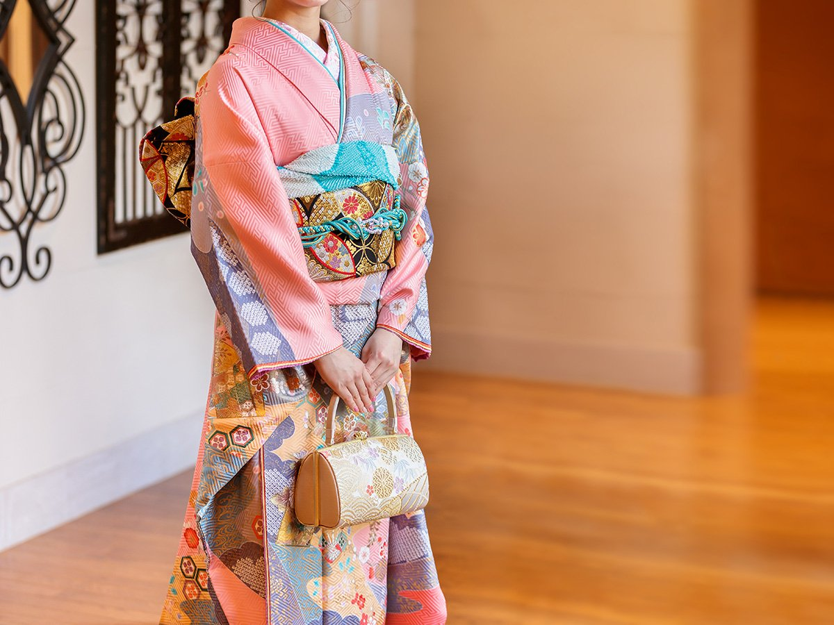 kimono-nghia-la-gi-kimono-la-gi