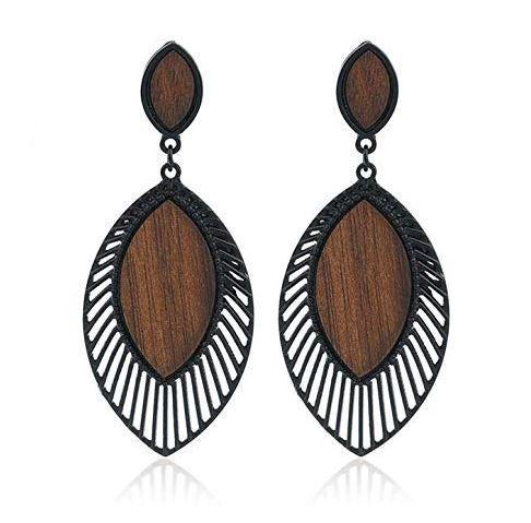 Les boucles d'oreilles africaines, un choix chic : Mode, beauté, tendance, accessoires, bijoux, boucles, oreilles, femme, ethnique, tendance, wax, LEUKSENEGAL, Dakar, Sénégal, Afrique