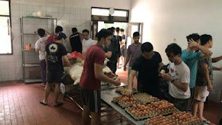Cerita WNI ABK World Dream Jadi Koki Dadakan di Pulau Sebaru