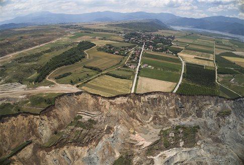 ΥΠΠΟΑ: Τα αρχαιολογικά ευρήματα στο Αμύνταιο είχαν απομακρυνθεί εγκαίρως