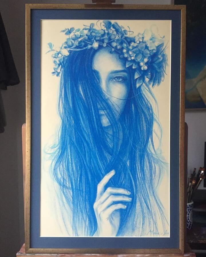 09-A-hat-of-flowers-Andriy-Markiv-www-designstack-co