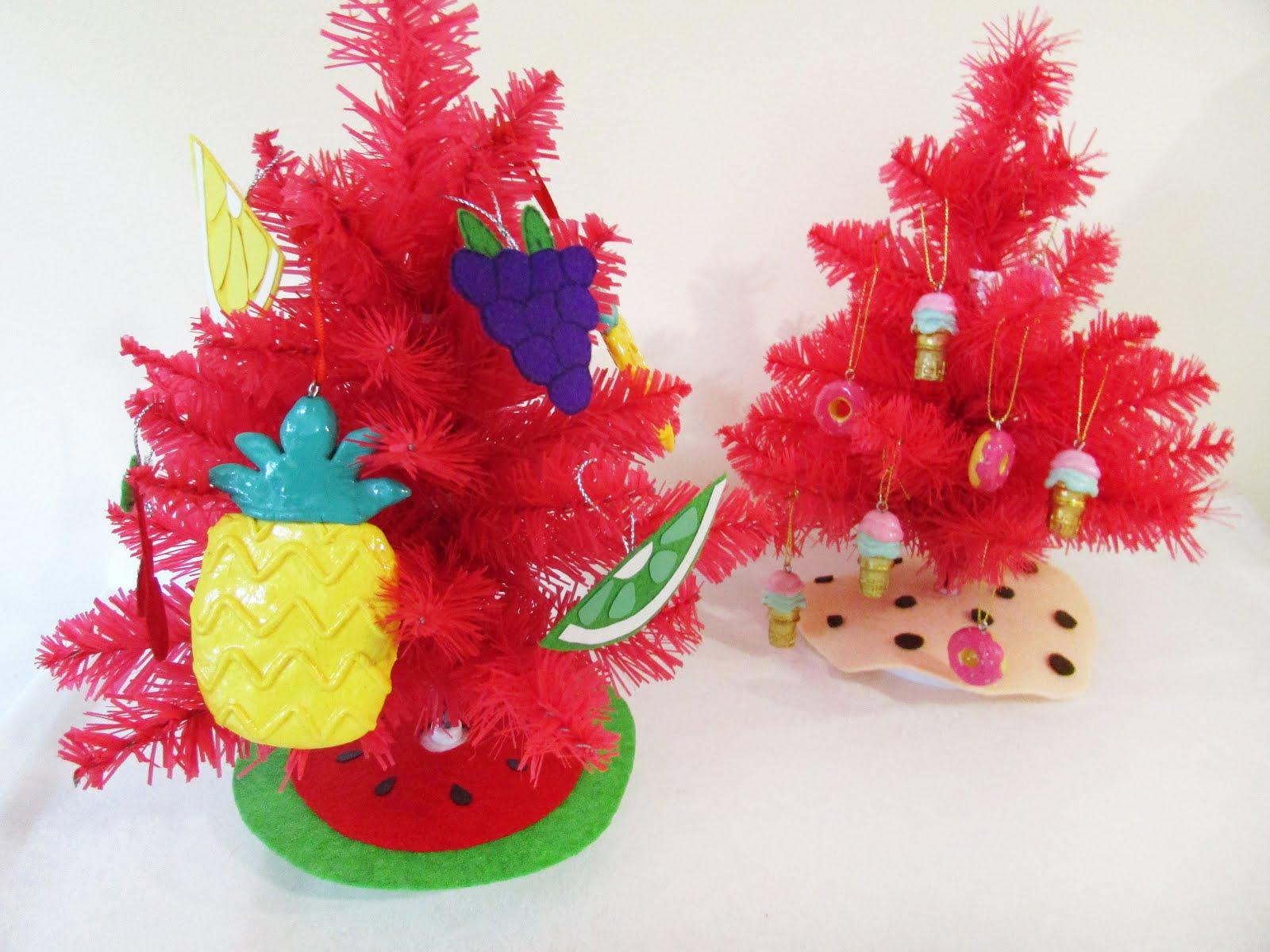 DIY Skirts for Mini Christmas Trees