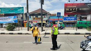 Unit Lantas Polsek Rancaekek Polresta Bandung Yanmas Pengguna Jalan