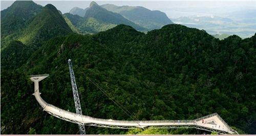 10 cây cầu treo sợ nhất thế giới 7