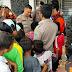 Berikan Semangat,Kapolres Tapteng Kunjungi Korban Bencana Banjir dan Tanah Longsor di Tempat Pengungsian