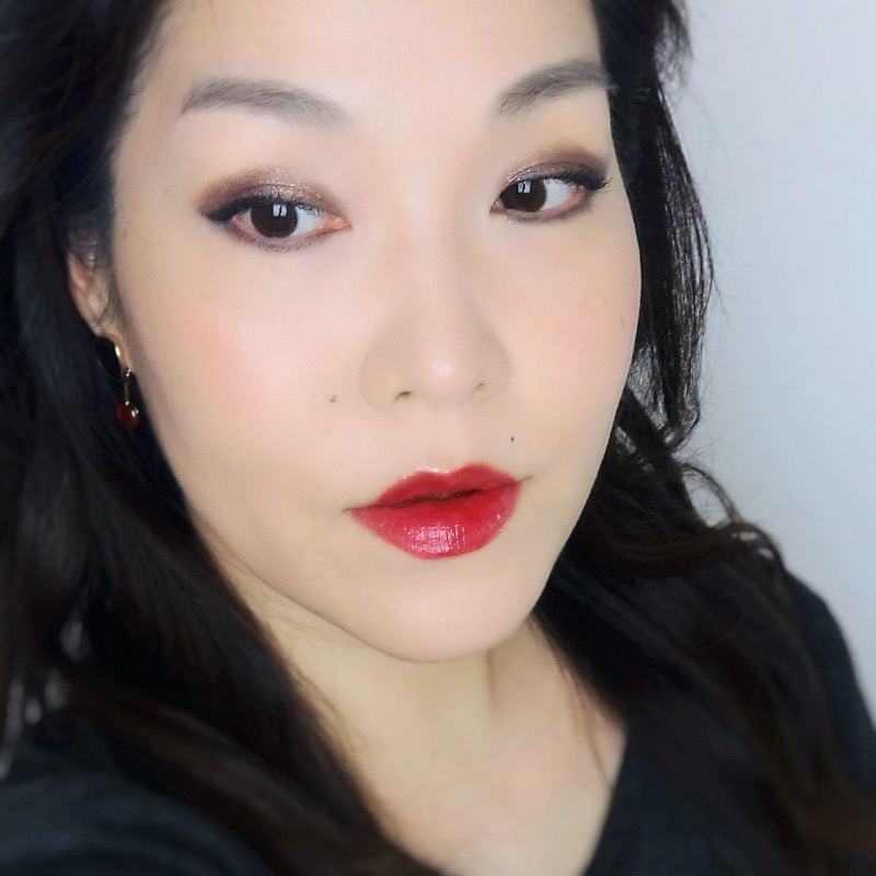 Chanel Le Rouge Ultra Tenue 180 Passionate Red swatch