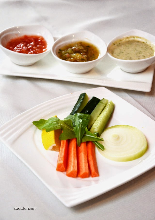 Freshly cut vegetables with sauces