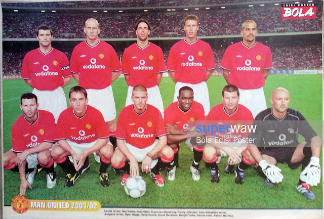 Bola Edisi Poster - The Untouchable Manchester United