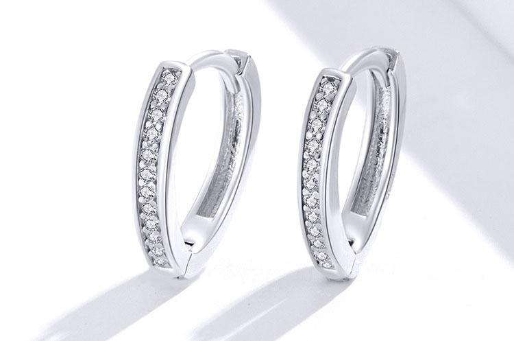 V圓極簡風 925純銀鋯石耳環