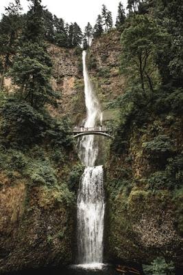 滝のアイフォーン用壁紙