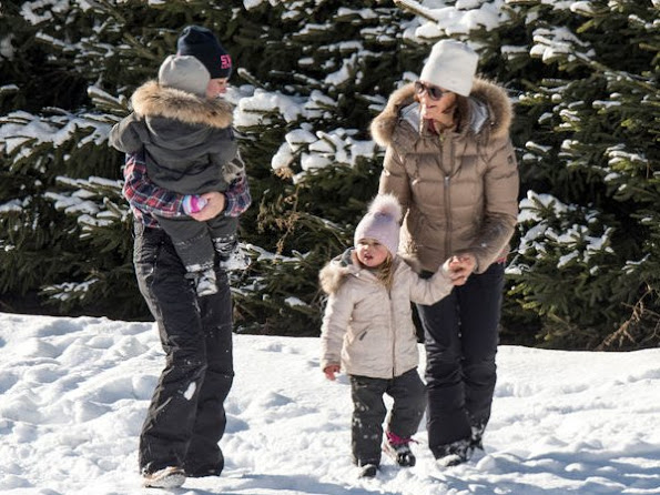 Queen Silvia, Princess Madeleine, Chris ONeill, Princess Leonore and Prince Nicolas were photographed while they were on winter holiday in Verbier village of Switzerland.