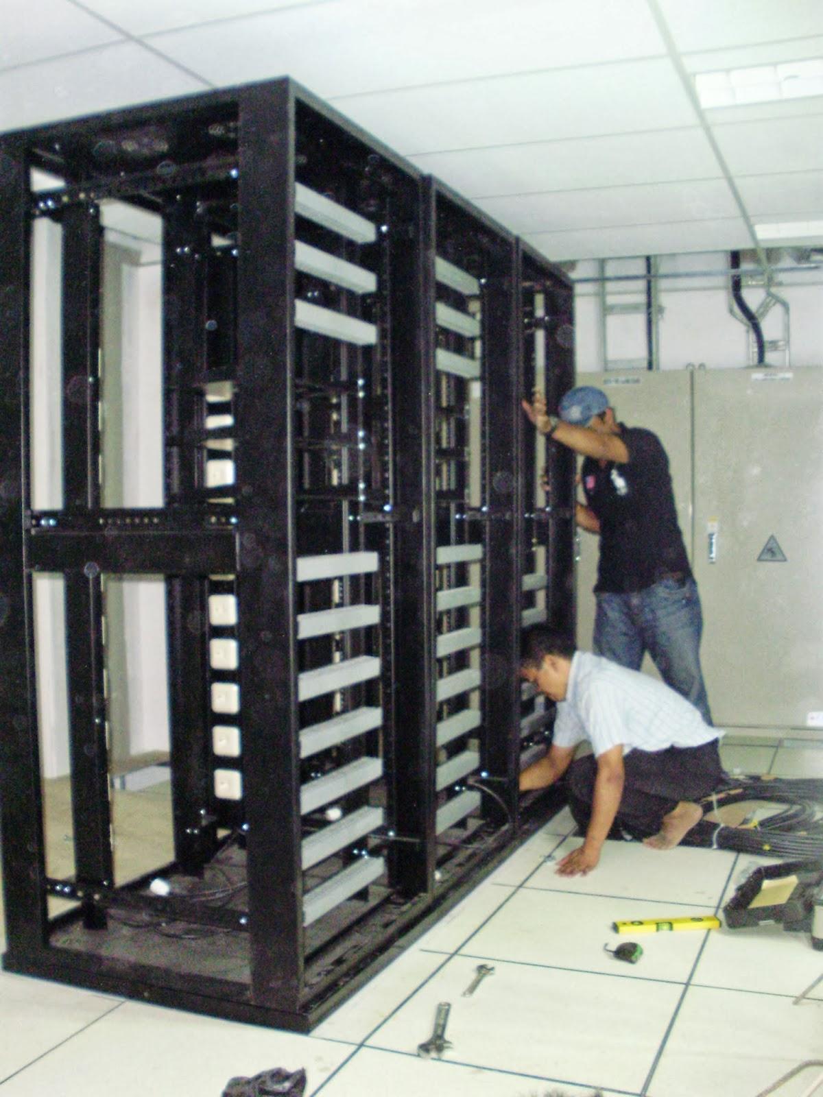 Fiber Optic Jual Rack Server