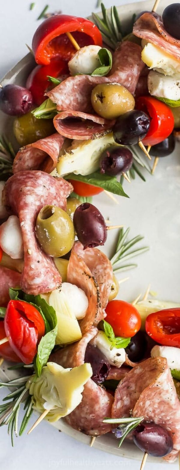 Christmas Wreath Antipasto Skewers #christmas