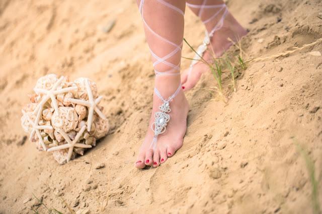 Sutaszowe ozdoby na stopy