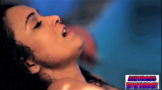 Neetha Shetty, Sonal Panvar sexy scene - Gandi Baat s01ep01 (2018) HD 720p