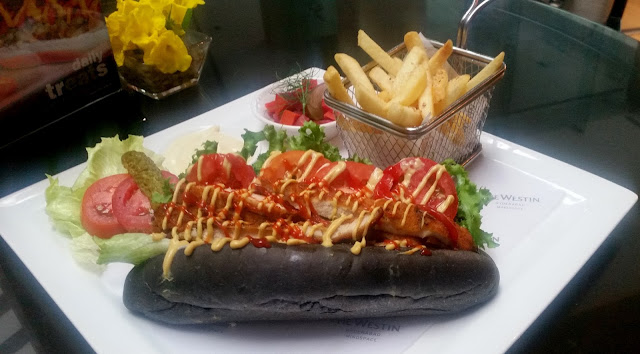 Las Vegas Fried Chicken Hot Dog