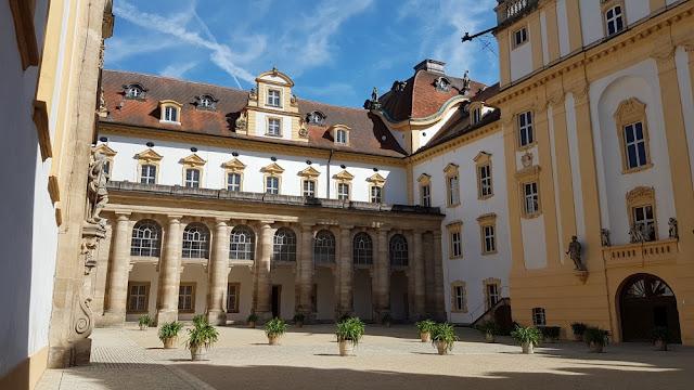 Ellingen - Residenzschloss Innenhof