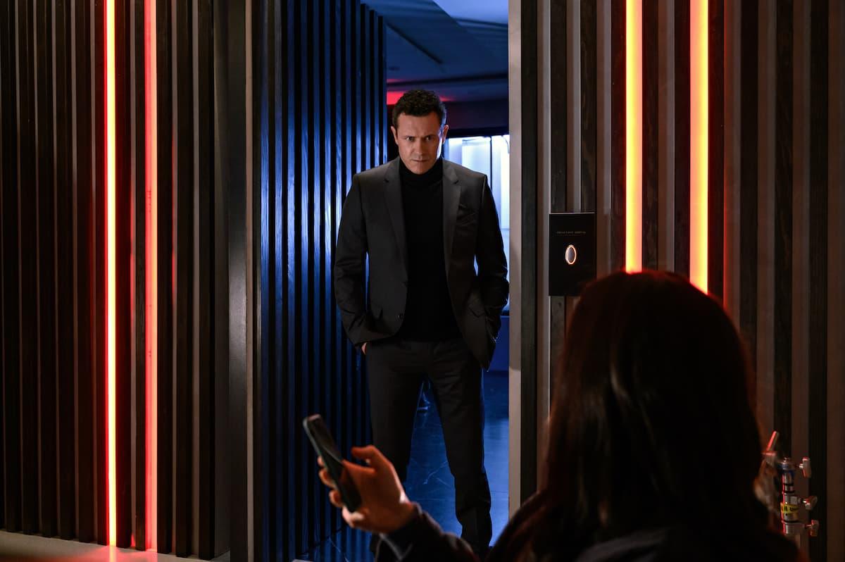 Netflix показал первые кадры фильма ужасов Hypnotic с Кейт Сигел в главной роли - 03