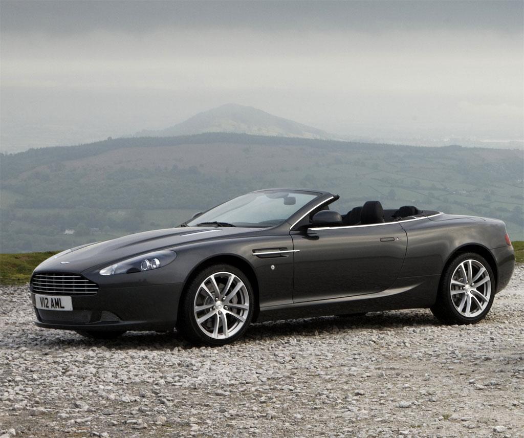 Car: Aston Martin Sports Car 2011
