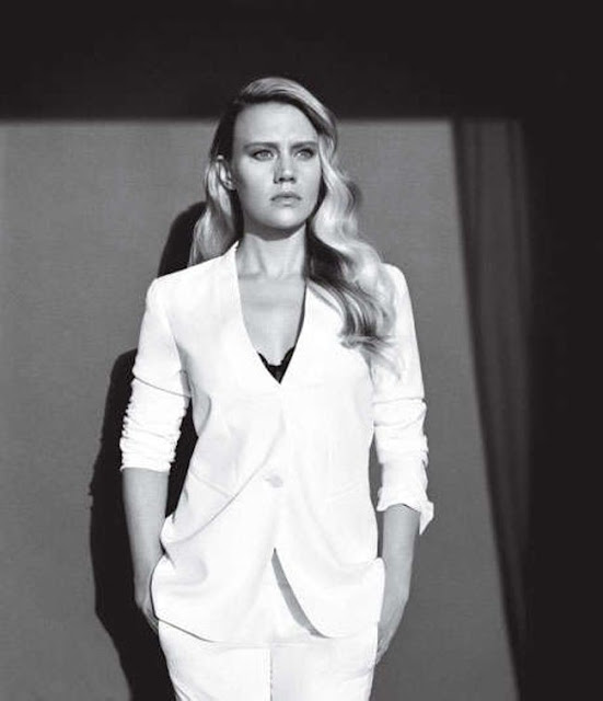 Kate McKinnon Hot Pics and Bio