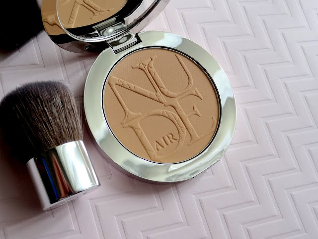 Diorskin Nude Air Powder Medium Beige Review, Photos, Swatches