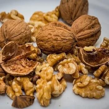 अक्रोड, Walnut fruits name in Marathi