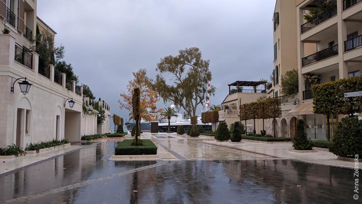 Тиват осенью, Черногория