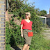 Style Steal: Suzy Turner's Red and Khaki - and Link Up