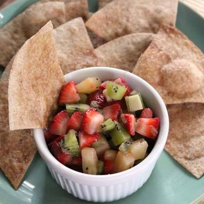 Cinnamon Chips with Fruit Salsa