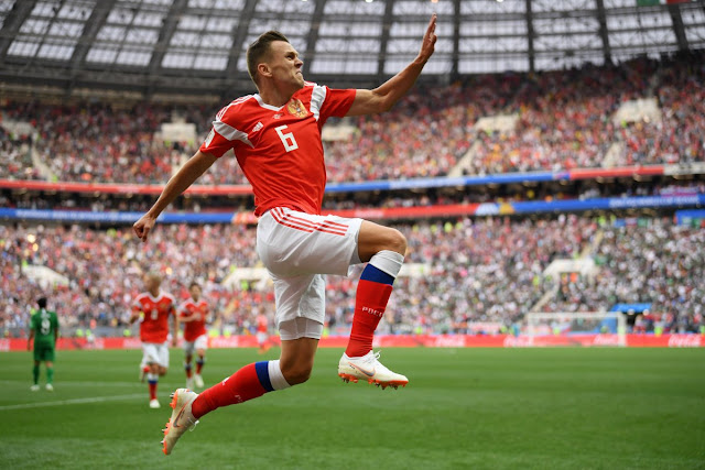 Goal! Denis Cheryshev with a beautiful finish | Russia 2-0 Saudi Arabia (Video)