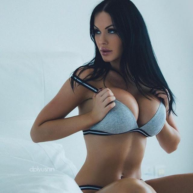 Hot girls Verónica Black sexy big breasts Fan David Beckham 7