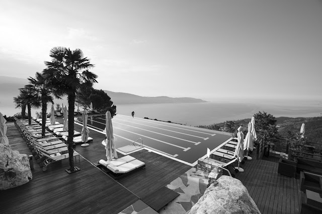Infinity pool-Lefay Resort & SPA