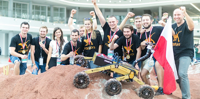 Raptors Team from Łódź University of Technology after winning the ERC 2016 title. Photo Credit: ERC