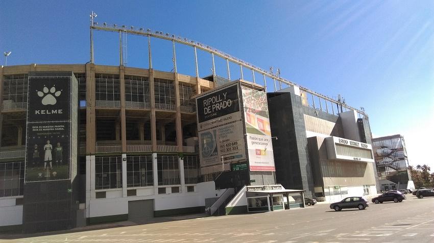 Stadion w Elche - fot. Tomasz Janus / sportnaukowo.pl