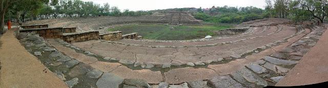 Historic Surajkund Reservoir - One day trip from Delhi