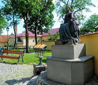 Ужгород. Памятник королеве Марии Терезии