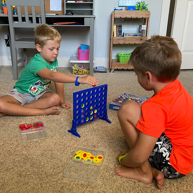 Foster problem solving and critical thinking with this Connect 4 math game
