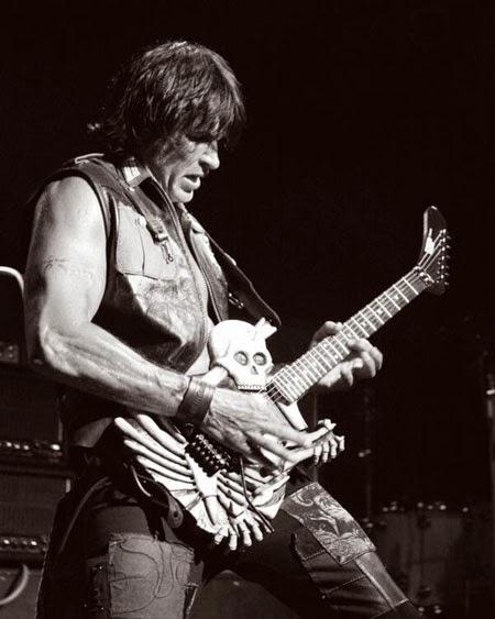 heavy metal origins 10 greatest guitarists of metal. Black Bedroom Furniture Sets. Home Design Ideas