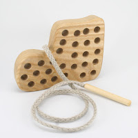 TT05, Threading Boot, Lotes Wooden Toys