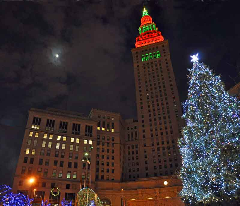 Christmas Lights On Cleveland Public Square: Chris Zimmer: Downtown Cleveland Christmas Holiday Lights