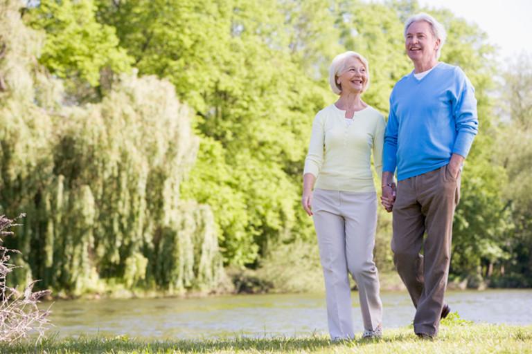 Nghiên cứu: Những người giàu đang sống lâu hơn người nghèo tới gần 10 năm