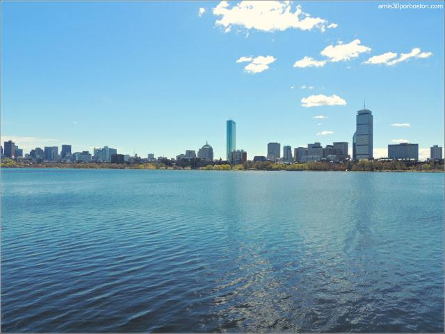 Boston desde el otro Lado del Charles River
