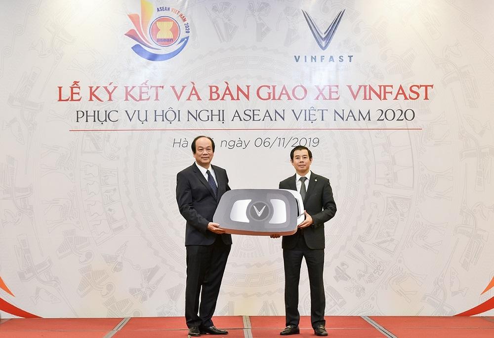 VinFast tài trợ xe phục vụ Hội nghị ASEAN 2020