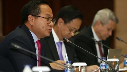 Dirut Bank BUMN Jawab Tudingan Digadaikan karena Utang China