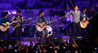 Kumpulan Lagu Mp3 Terbaik Band Gigi Full Album Raihlah Kemenangan Repackage (2005) Lengkap