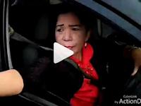 HEBOH! Viral Video: Tak Mau Ditilang, Ibu-ibu Ribut Ngotot dengan Polisi