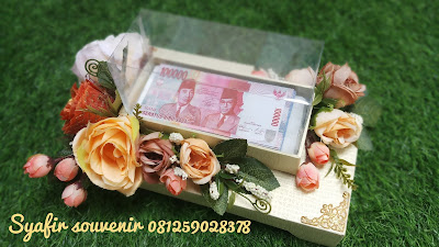 Box Uang