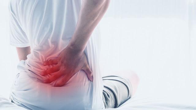 Perbedaan nyeri pinggang biasa dan nyeri pinggang akibat saraf kejepit