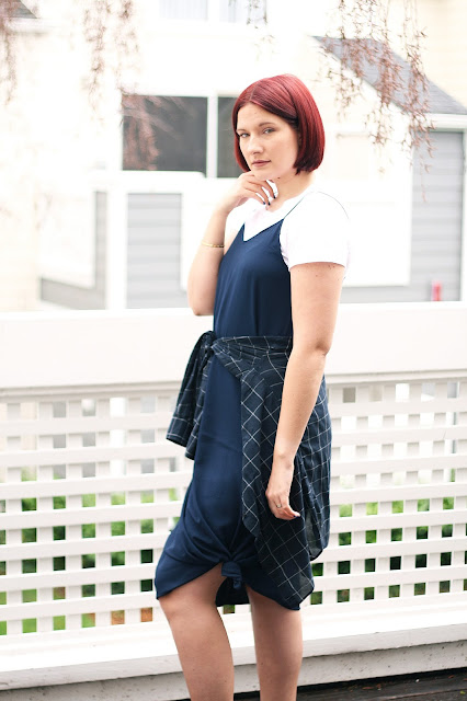 navy dress, casual outfit, fashion blogger, red hair, hair blog, womenswear