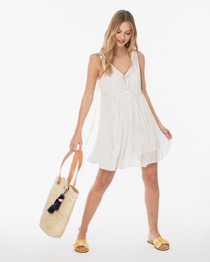 Vestidos blancos de verano 2020.
